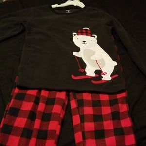 New Carter's Pajama Set
